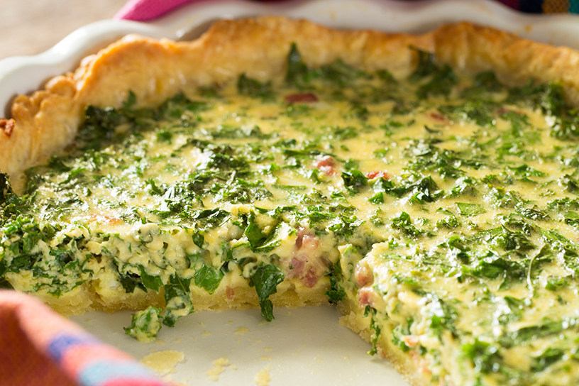 Quiche van boerenkool in quicheschaal