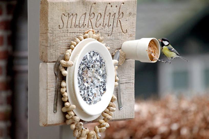 Maak een vogelvoerplacemat landleven - Maak een eigentijdse tuin aan ...
